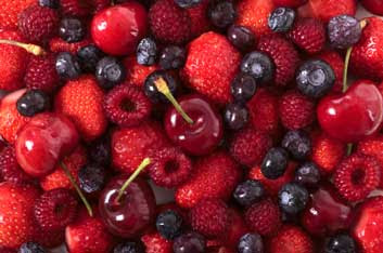 Lose weight fast with berries.