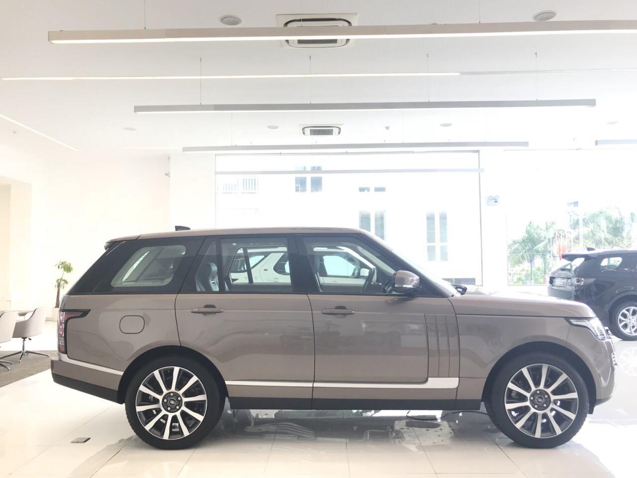 Giá Xe Range Rover Động Cơ Xăng Supercharged Đời Mới Màu Vàng Ánh Kim Model 2018, Xe Range Rover LWB Đời Mới 2019 Nhập khẩu nguyên chiếc và chính hãng tại việt nam