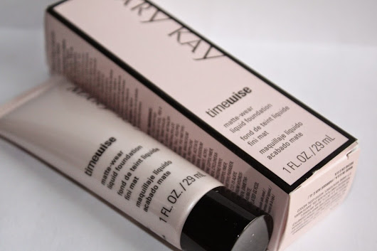 Necéssaire - Avaliei: Base Líquida Efeito Matte Time Wise | Mary Kay