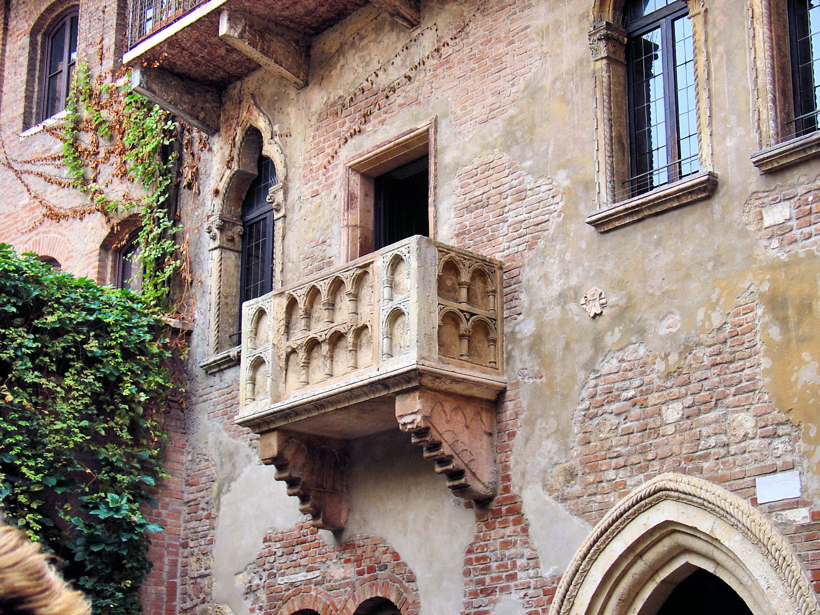 Hopeless romantics from around the world travel here to write letters to their beloved Juliet.