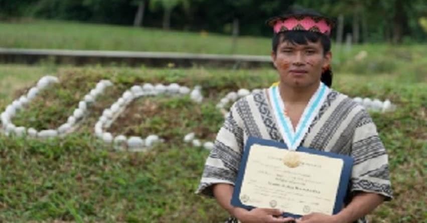 LUDWIN TURCO: Conoce al profesor matsigenka que enseña a niños del Bajo Urubamba
