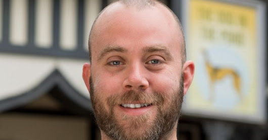 Let Me Enetertain You: Corrie Boss Iain MacLeod Speaks to the Blog
