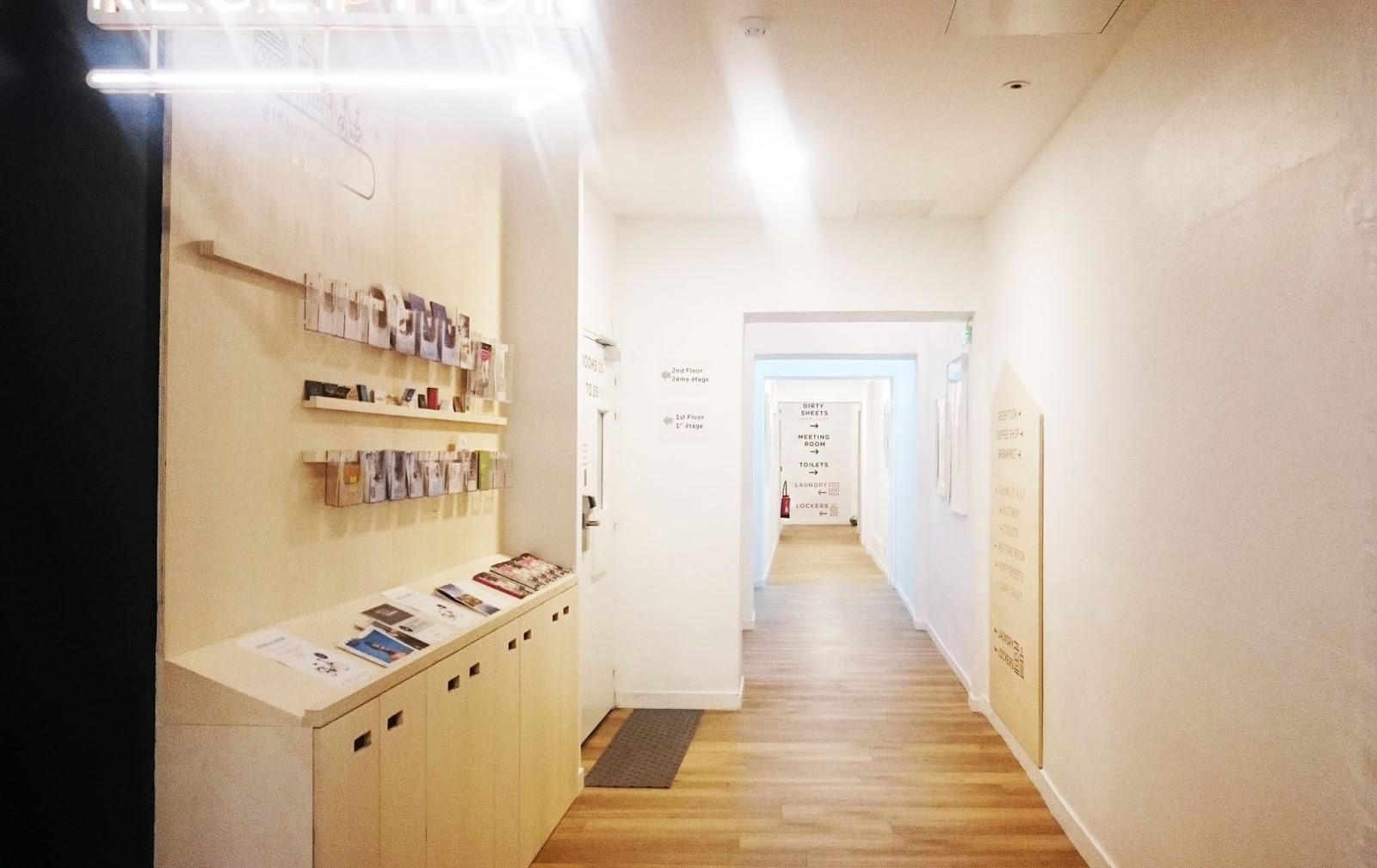 l 39 away hostel nouveau lieu de passage et de partage lyon la ptite bulle d 39 elo. Black Bedroom Furniture Sets. Home Design Ideas