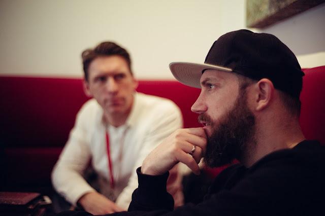Atomlabor Blog Chef Jens Mahnke mit New Era Cap auf dem Kopf