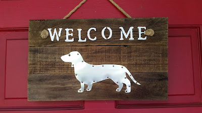 Eclectic Red Barn: Dachshund Welcome Sign