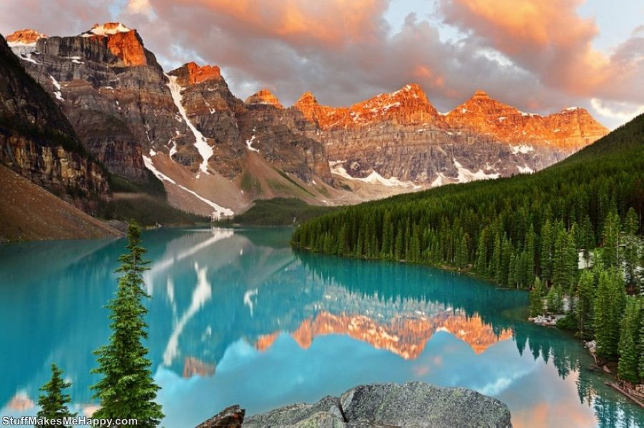 20 Best Places in the World Where Nature Did Not Spare Colors