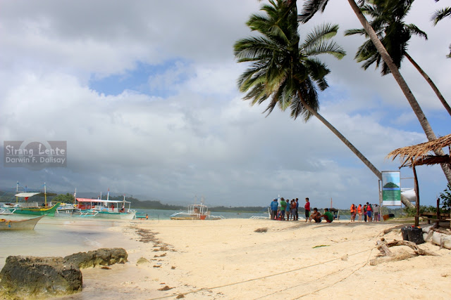 beaches in Surigao del Sur
