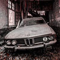 Play Wowescape Abandoned Car G…