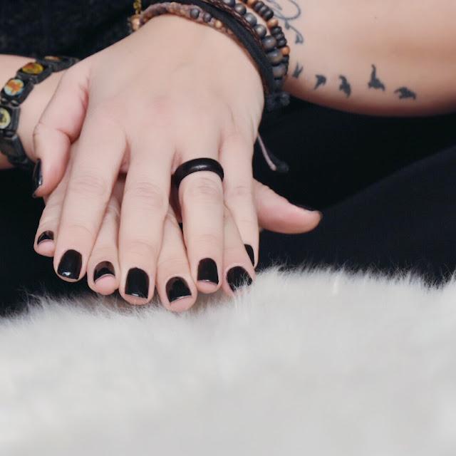 nagellack, shellack, uv-lampe, black is beautiful, me, tattoo, beautypost