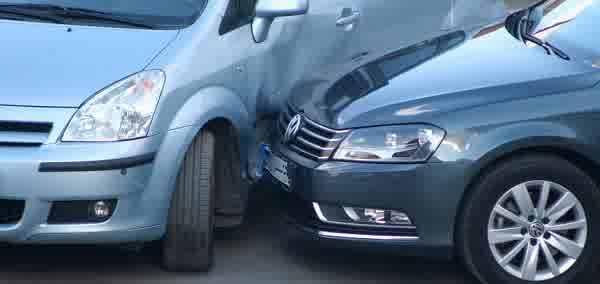 Resiko Asuransi Mobil Lecet