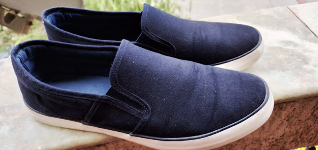 Roadster canvas shoes review
