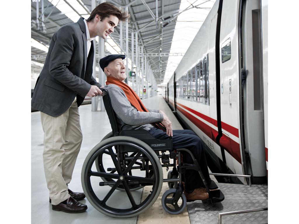 Αποτέλεσμα εικόνας για Προσβασιμότητα στις σιδηροδρομικές μεταφορές αμεα
