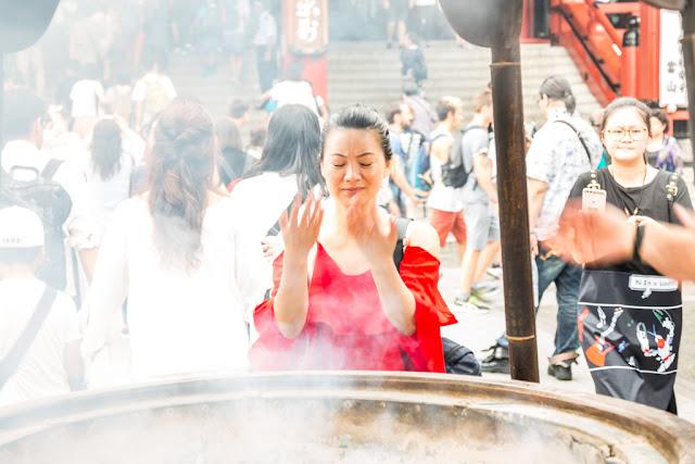 36. Senso-Ji - Humo purificador
