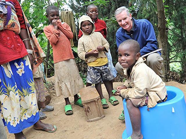 Quỹ Bill & Melinda Gates cùng LIXIL mở rộng dự án An toàn vệ sinh - SaTo