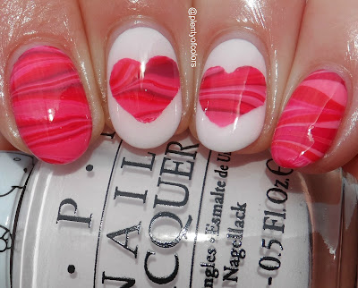 http://plenty-of-colors.blogspot.de/2017/02/water-marbling-hearts.html
