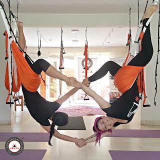 yoga aéreo, yoga, aeroyoga, asthanga, peru, lima, miraflores, trujillo, formacion, certificacion, profesores, instructor, yoga alliance, latino america, salud, columpio, hamaca, hammock, trapeze