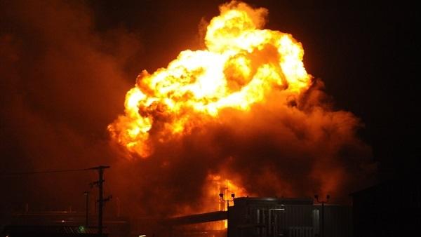 حقيقة وقوع انفجارات ضخمة وهزات أرضية في جدة