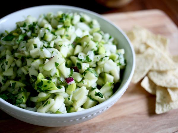 green apple salsa: recipe