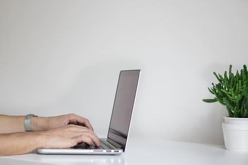 5 Hal yang Perlu Dipertimbangkan sebelum Membeli Laptop baru