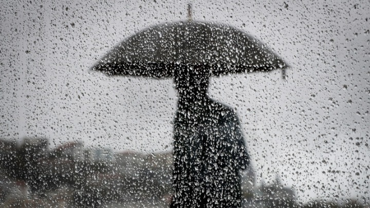 Ο άστατος καιρός συνεχίζεται και τη Μεγάλη Δευτέρα - Που θα βρέξει και τι θα κάνει στη Θεσσαλία