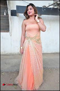 Telugu Actress Farah Khan  Pictures at Pochampally IKAT Art Mela 2016  0113.jpg