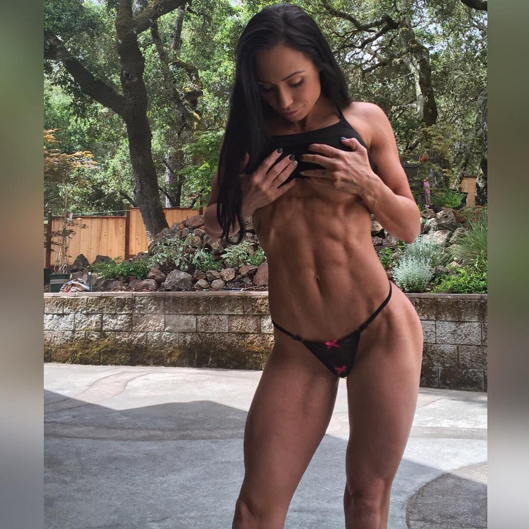 Top 5 National NPC competitor Rose Scarborough