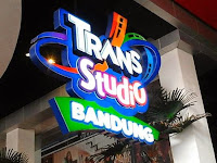 Paket Liburan Wisata Murah Trans Studio Bandung dan Kampung Gajah