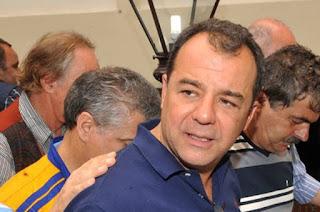 http://www.vnoticia.com.br/noticia/3525-cabral-assume-recebimento-de-propinas-em-depoimento-na-justica-federal