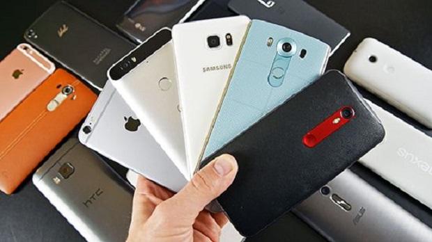 Harga Smartphone Android Turun Drastis ? Ini 6 Alasan Penyebabnya Kenapa ?