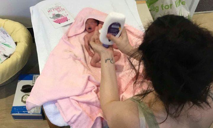 mae-bebe-natimorta-parto-gravidez-de-risco-gestação-maternidade-mãe-de-gemeos-familia-bebê