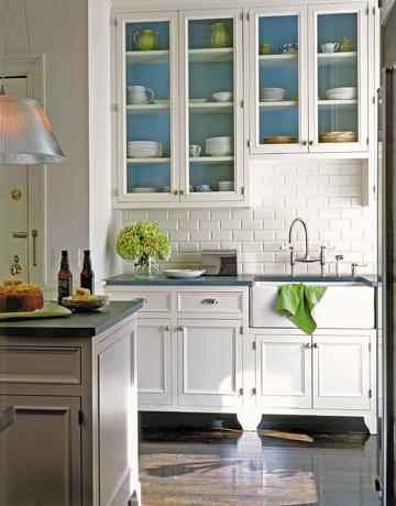 what s inside those glass front kitchen cabinets frog hill designs blog. Black Bedroom Furniture Sets. Home Design Ideas