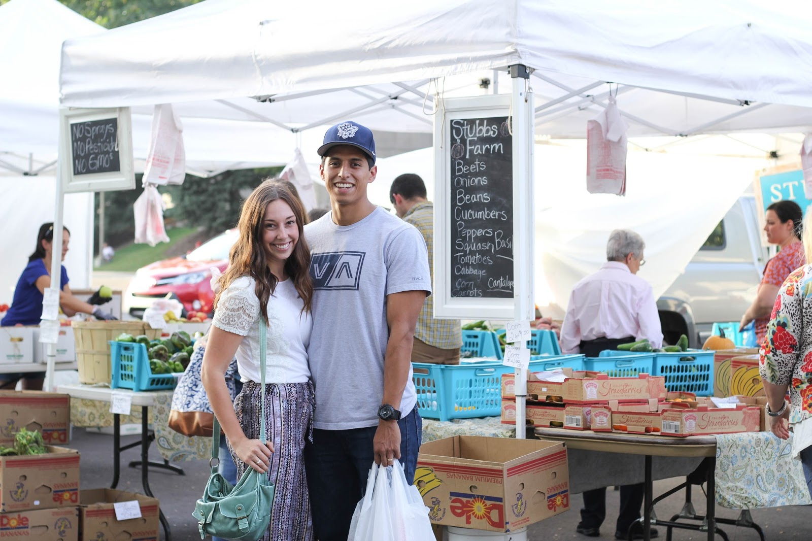 Date Night at the Farmer's Market | Pocket of Blossoms Blog