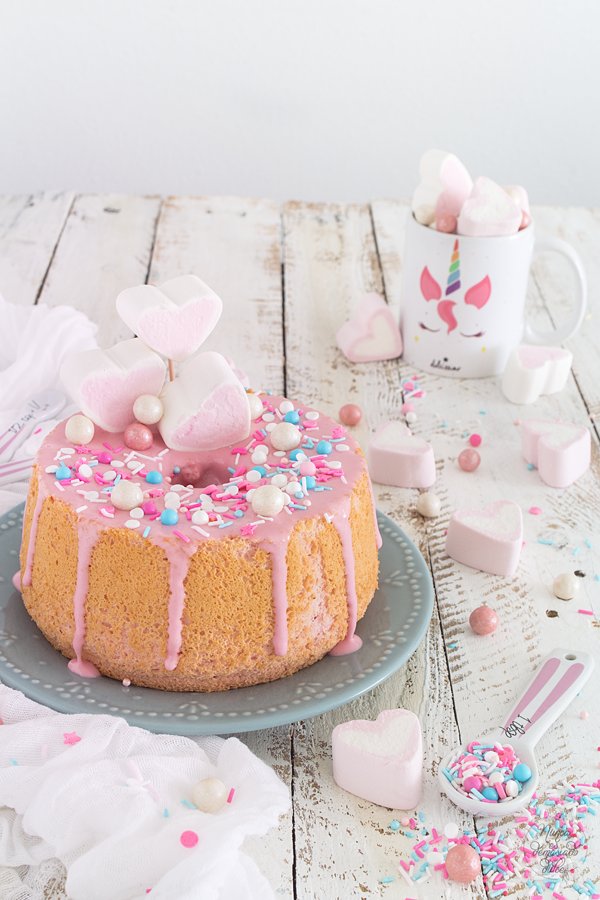 angel-food-cake-nesquik-fresa-nubes-malvaviscos-marshmallows-sprinkles-sweetapolita
