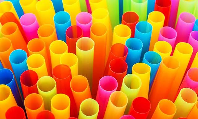 Perú prohibió fabricar plásticos