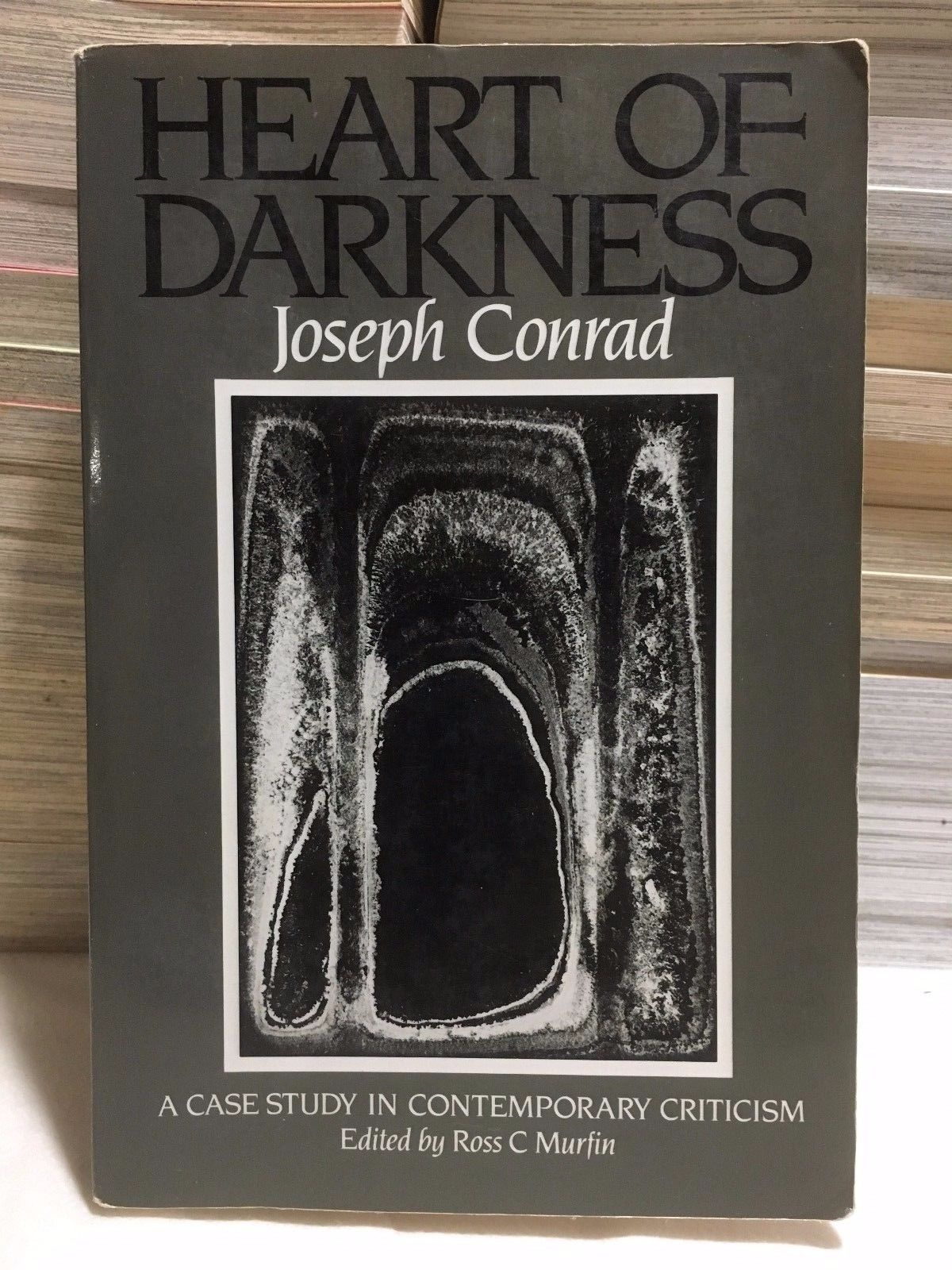 """heart of darkness critical essay by j hillis miller J hillis miller, one of the  miller's essay """"heart of darkness revisited"""" offers an astute response to lacoue-labarthe's reading of conrad lawtoo ."""