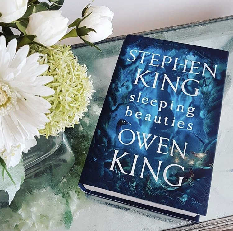 Johanns Library Book Review Sleeping Beauties By Stephen And Owen