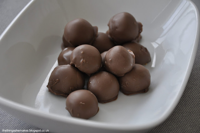 How To Make Chocolate Thinner For Cake Pops