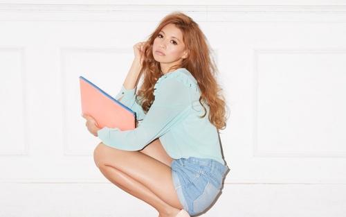 Hinano Yoshikawa Model Jepang Tercantik dan Paling Hot saat ini