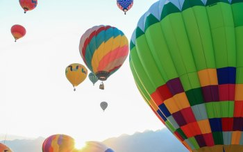 Wallpaper: Hot Air Balloon Trip