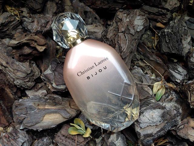 Парфюмированная вода Christian Lacroix Bjou для нее от Avon  отзыв