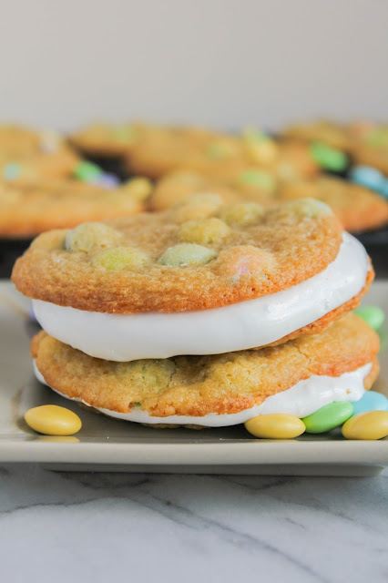 M&M's® Marshmallow Cream Cookie Sandwiches | The Chef Next Door