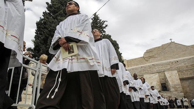Vatikan Berikan Pelatihan Khusus Pengusiran Setan