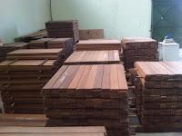 Stock flooring kayu Merbau