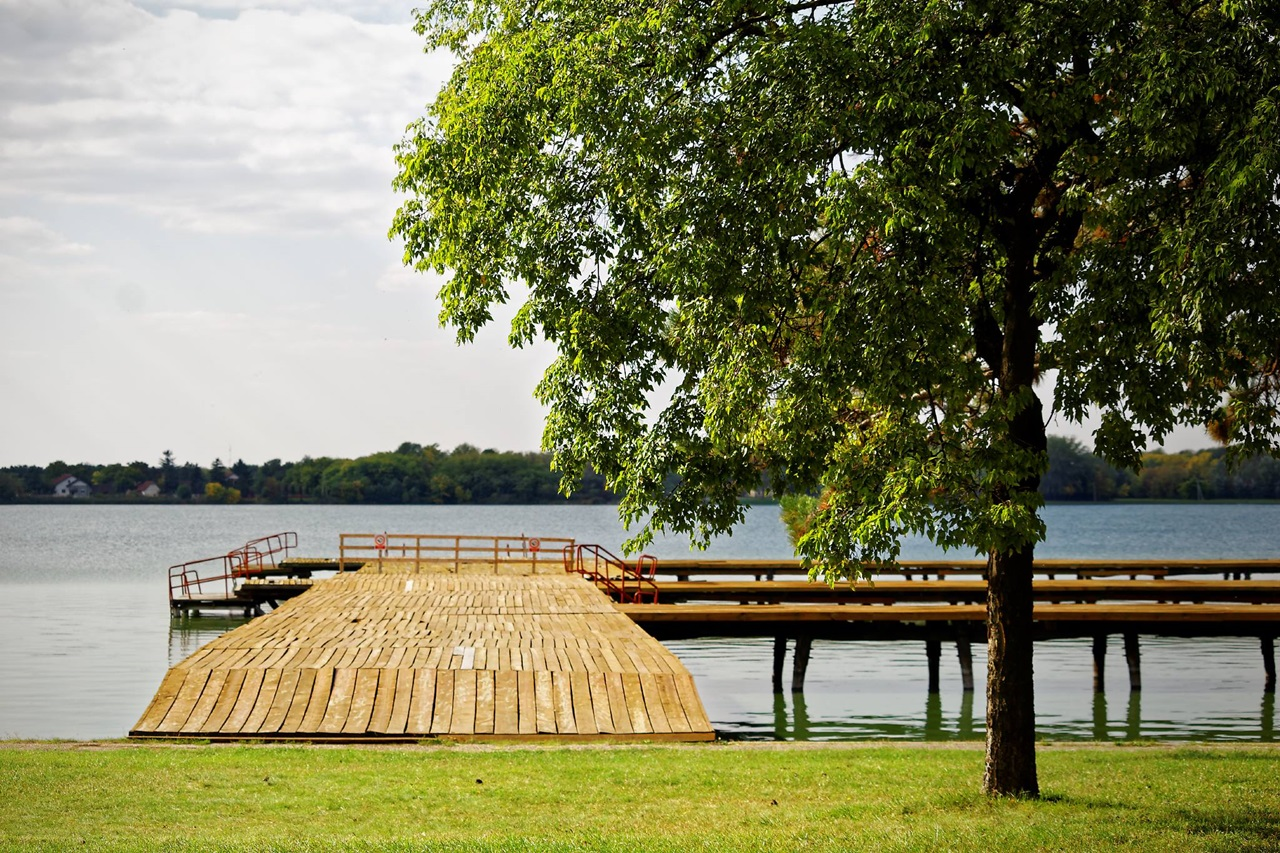 "<img src  Lake Made of Tears.jpg"" lt="" http://dailytravelexperience.blogspot.rs/"" />"
