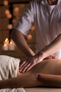 Benefits of Getting a Deep Tissue Massage - Academy Massage - Massage Therapist Winnipeg