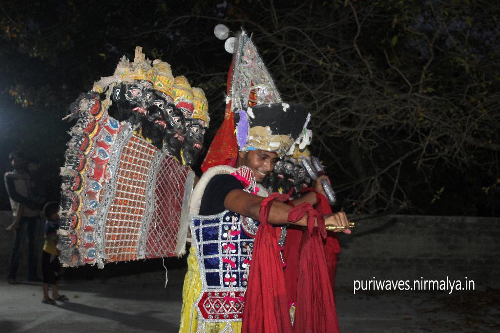 Prattyak Mohapatra is on practise session of Lanka Podi Ravana act, he is playing the character on the behalf of Champagada Jaga , Dola Mandap Sahi