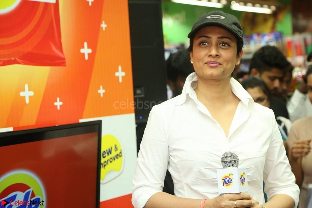 Namrata Shirodkar wife of Mahesh Babu in White Shirt and Denim spotted at The New Tide Plus Launch