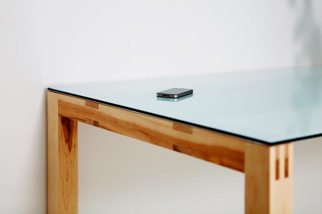 Helsinki design innenarchitektin des jahres 2013 in finnland for Tisch iphone design