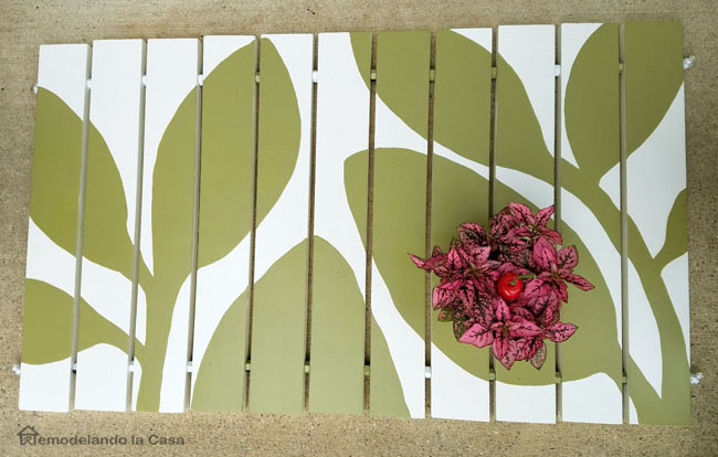 leaves design on wooden door mat