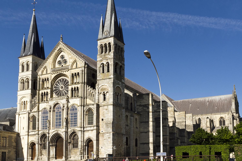 Arte-Paisaje: Museo-Abadía de Saint Remi (Reims –Francia-)